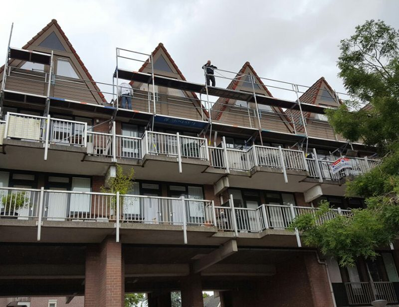 Steiger opbouw balkon